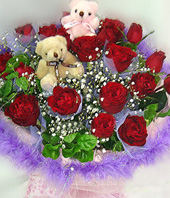 21 Red roses,a pair of bear